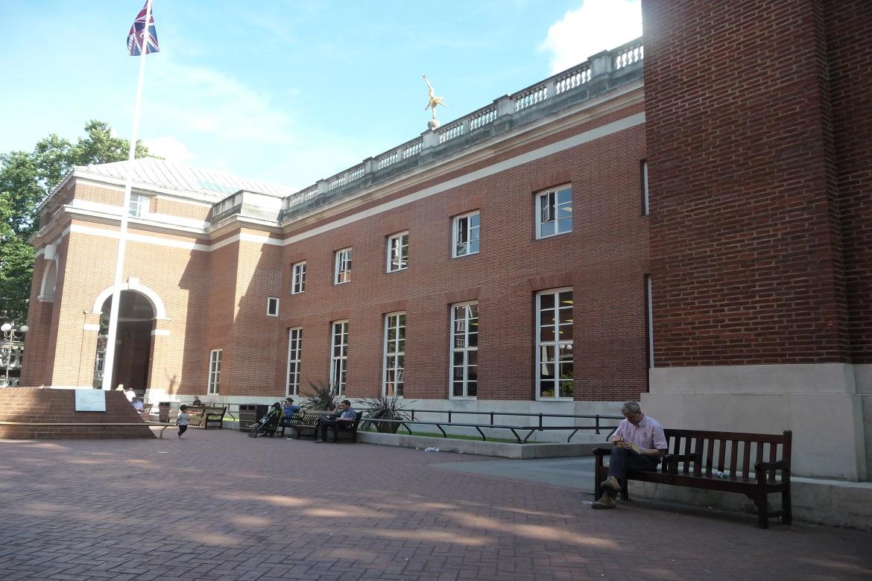 Kensington Central Library